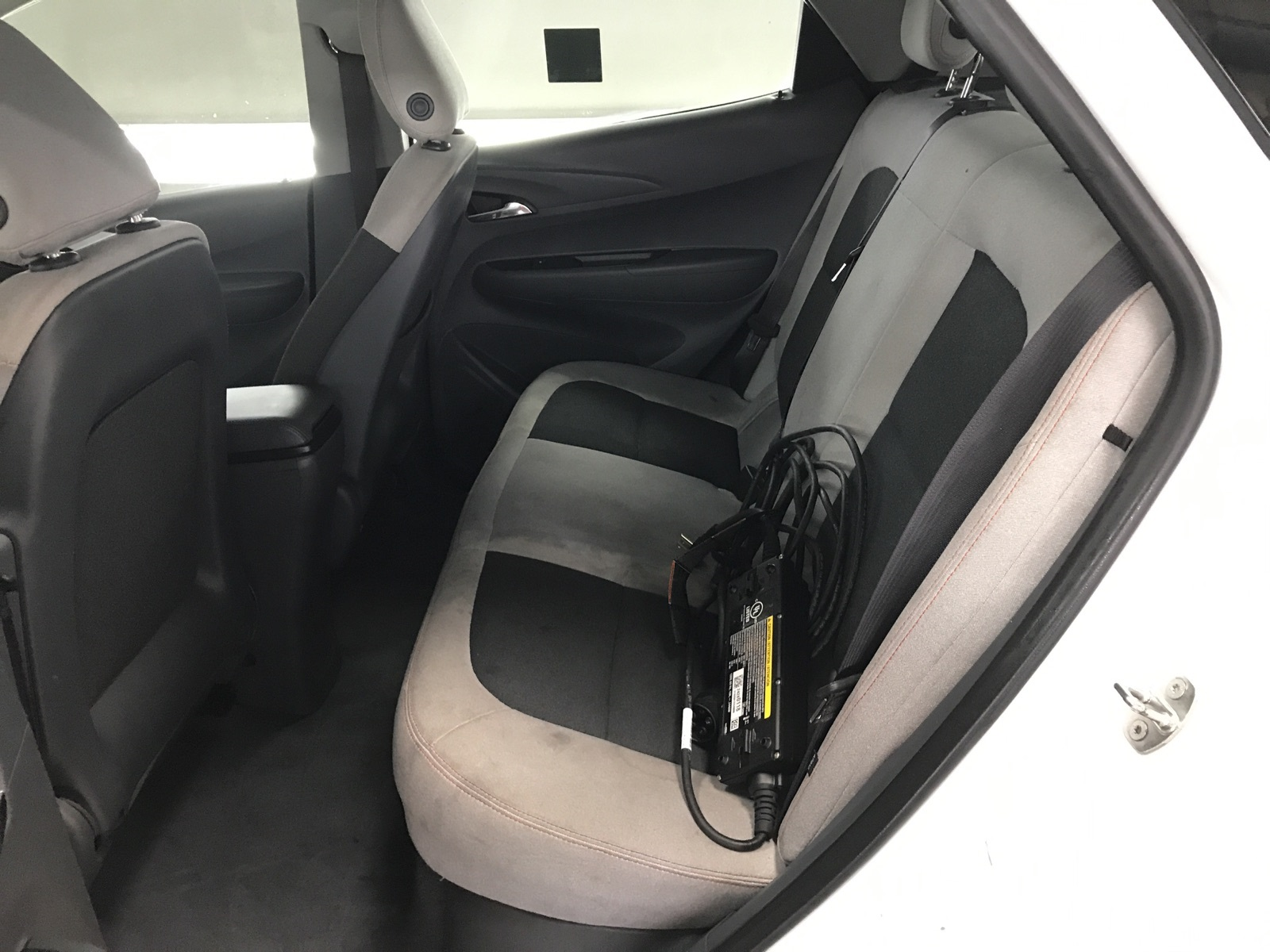 http://autocredit.com.ua/electro-cars/uploads/12/21-02-20/D102RS_XnS8FyOmTr.jpeg
