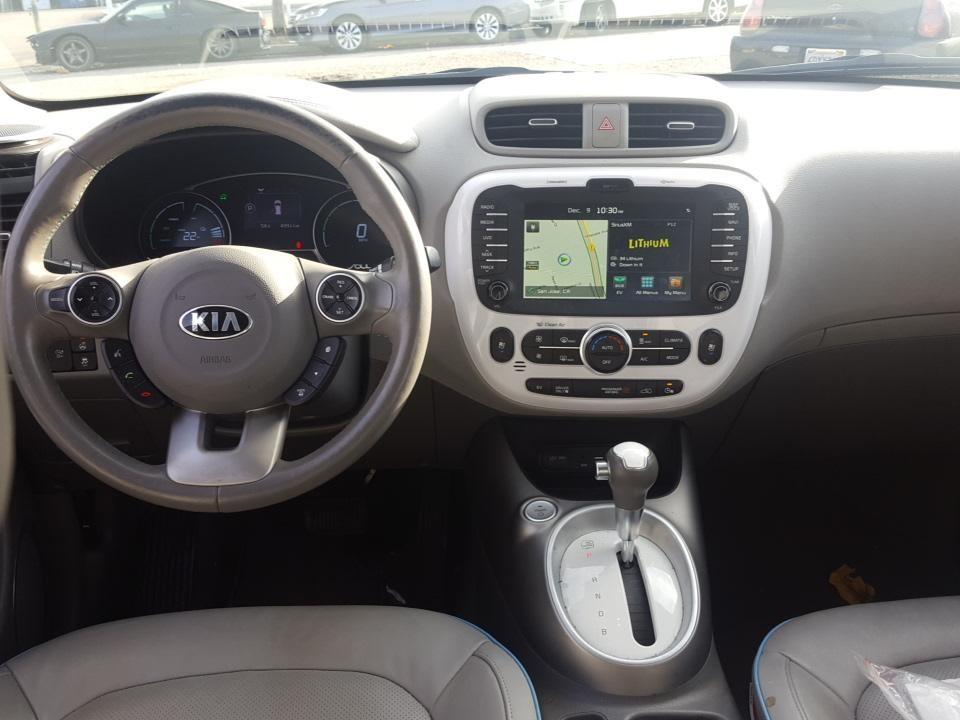 http://autocredit.com.ua/electro-cars/uploads/8/21-02-20/Hv3zPy_KFv7GNrRyW.jpeg